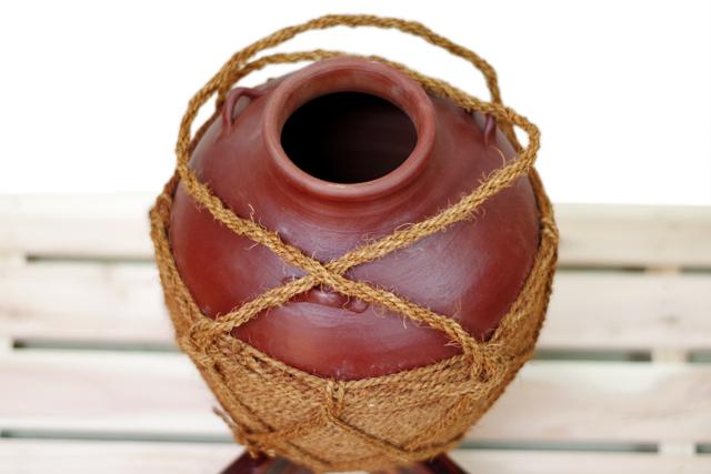 耳壺2升甕カメ(縄あり)斜め上から、開口部