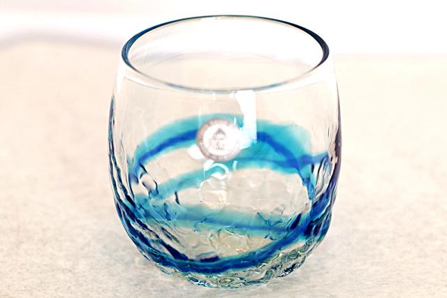 琉球ガラス、単品でこぼこ樽型、青水、正面、1個