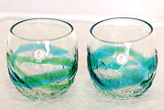 琉球ガラス、でこぼこ樽型、水緑、正面、2個
