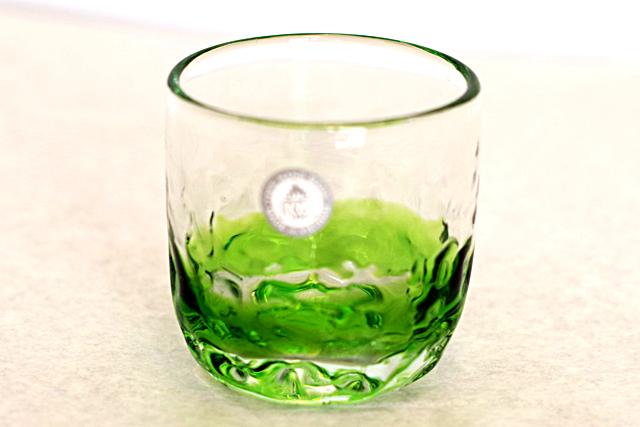 琉球ガラス、でこぼこ線入り、緑、正面、1個