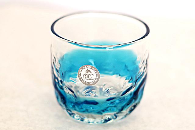 琉球ガラス、でこぼこ線入り、水色、正面、1個