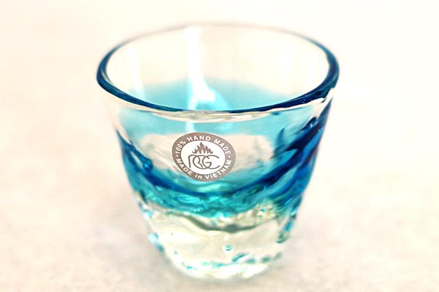 琉球ガラス、単品ティーダぐいのみ、おちょこ、水色、正面、1個
