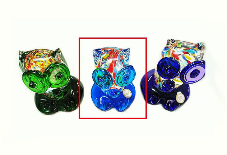 緑・水・青。<正規品>限定品。縁起の良い琉球ガラス製ふくろう(水色)3色用意(青色、水色、緑色)Made in OKINAWA 沖縄製品